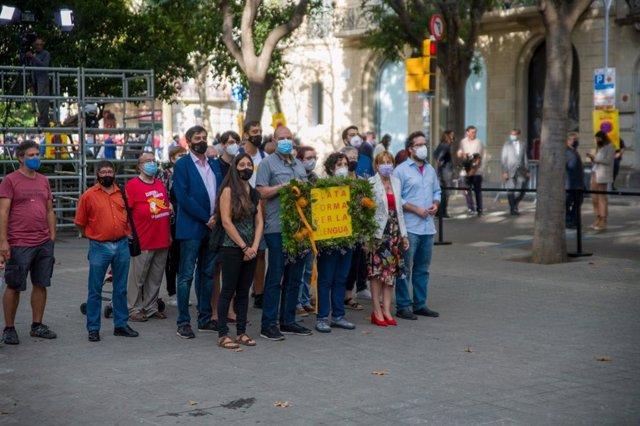 Ofrena de Plataforma per la Llengua davant el moment de Rafael Casanova a Barcelona per la Diada