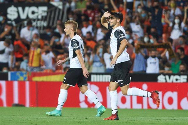 Carlos Soler of Valencia celebrates a goal during the La Liga Santander match between Valencia and Getafe at Estadio de Mestalla on 13 August 2021 in Valencia, Spain