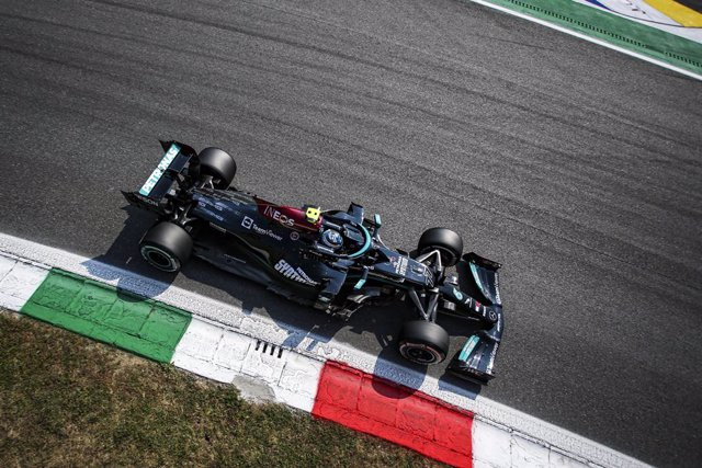 77 BOTTAS Valtteri (fin), Mercedes AMG F1 GP W12 E Performance, action during the Formula 1 Heineken Gran Premio D'italia 2021, Italian Grand Prix, 14th round of the 2021 FIA Formula One World Championship from September 9 to 12, 2021 on the Autodromo Naz