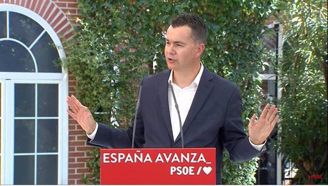 El portavoz del Grupo Parlamentario Socialista en el Congreso, Héctor Gómez,