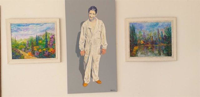 """Mario Sáinz 'Zíjara' expone en el Centro Cultural y de Congresos Guadalupe la muestra de pintura """"Paisajes y Gentes de mi Pueblo""""."""