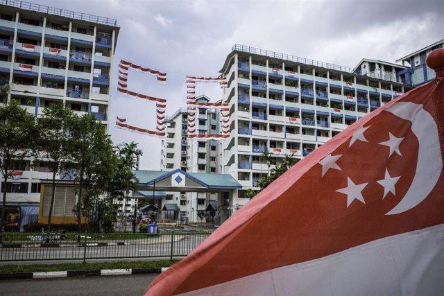 Bandera de Singapur  (imagen de archivo)