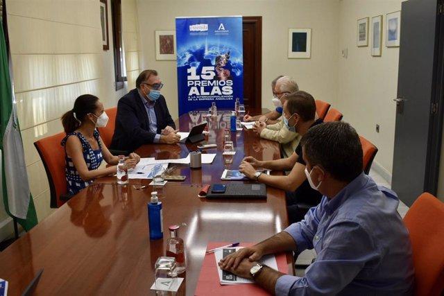 Reunión del jurado provincial de los Premios Alas.