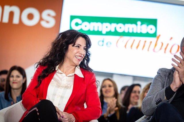 Archivo - La parlamentaria autonómica de Ciudadanos por Huelva y consejera de Igualdad, Políticas Sociales y Conciliación de la Junta de Andalucía, Rocío Ruiz, en un acto de Cs.