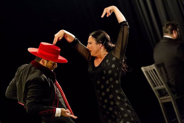Archivo - La Lupi en una actuación
