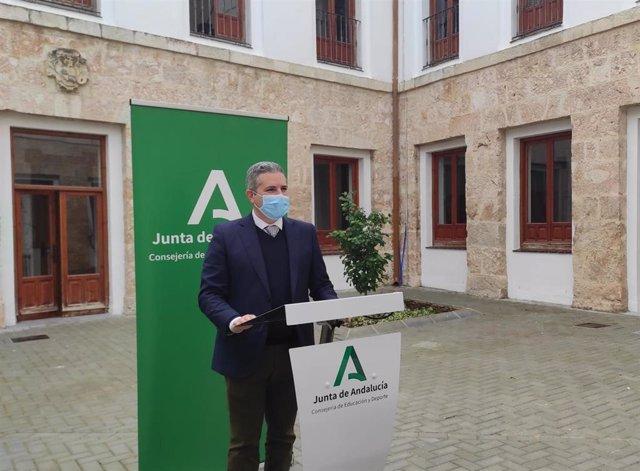 Archivo - El delegado de Educación y Deporte en Jaén, Antonio Sutil.
