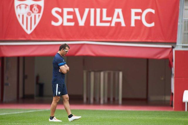 Julen Lopetegui, head coach, looks on during the training session of Sevilla Futbol Club before the Champions League football match against RB Salzburg at Jose Ramon Cisneros Palacios Sport City on September 13, 2021 in Sevilla, Spain.