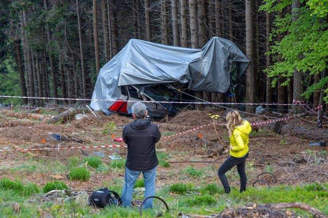 Archivo - Teleférico de Stresa sinisestrado. En el accidente murieron catorce personas.