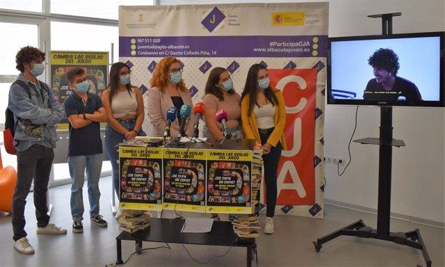 El Ayuntamiento de Albacete busca concienciar a los jóvenes sobre el peligro del consumo de alcohol con su nueva campaña.