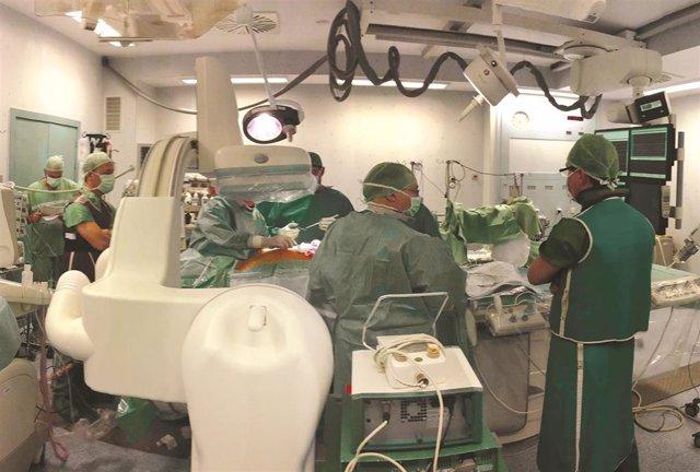 Archivo - Válvulas transcateter, una solución segura y duradera para pacientes con lesiones en la válvula aórtica