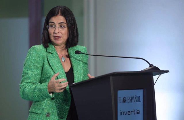 La ministra de Sanidad, Carolina Darias, interviene en la apertura del II Simposio del Observatorio de la Sanidad 'Las Lecciones de la Covid-19', a 13 de septiembre de 2021, en el auditorio de la Universidad Camilo José Cela, Madrid, (España). Organizado