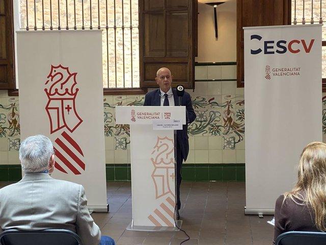 Carlos Luis Alfonso Mellado renuncia al cargo de presidente del CES-CV