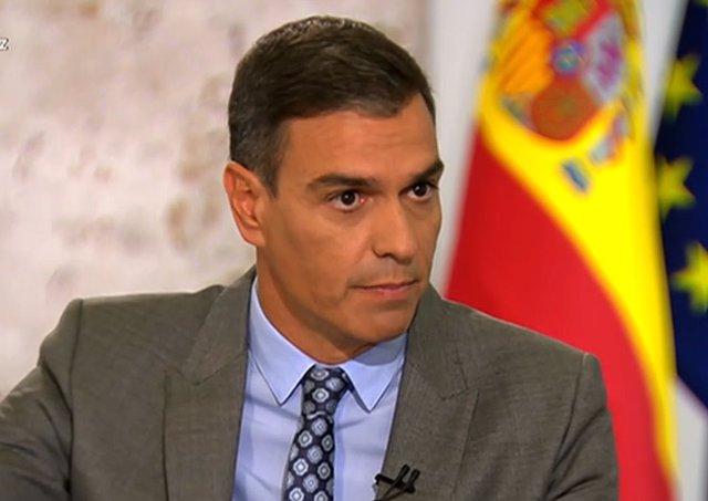 El presidente del Gobierno, Pedro Sánchez, durante la entrevista en TVE