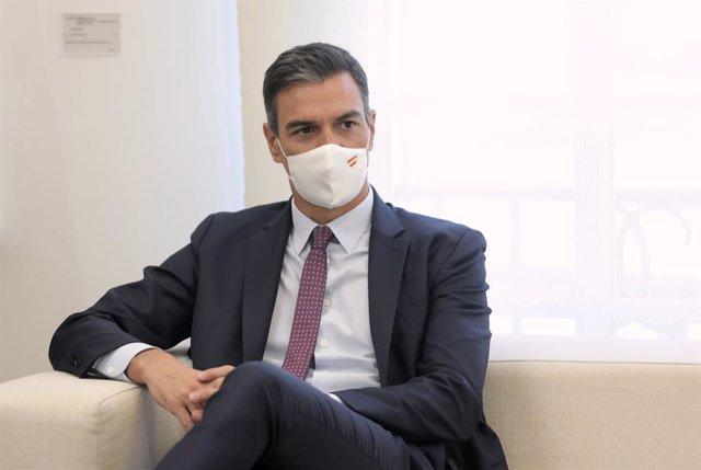 El presidente del Gobierno, Pedro Sánchez, en el Palacio de la Moncloa, a 7 de septiembre de 2021, en Madrid (España). En su segunda visita oficial a España, Piñera se ha reunido previamente con el Rey de la nación y el viaje se enmarca dentro de una gira