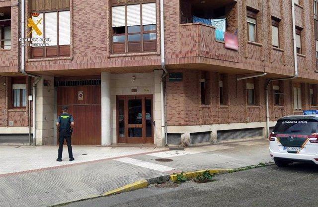 Vigilancia de la Guardia Civil en trasteros de Cotolino, en Castro Urdiales