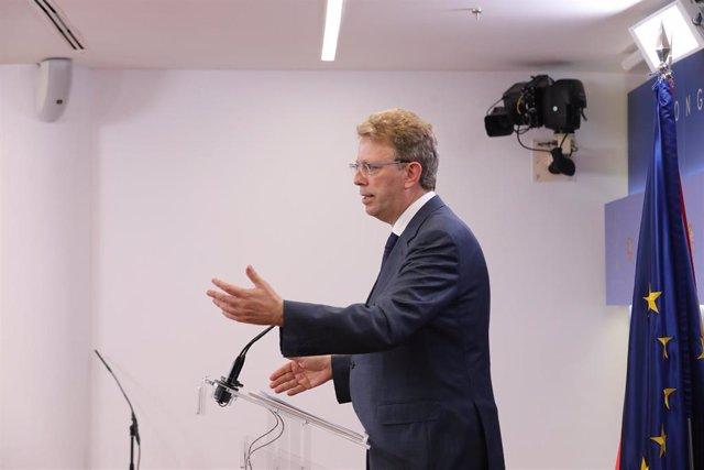 El portavoz parlamentario del PDeCAT, Ferrán Bel, ofrece una rueda de prensa en el Congreso