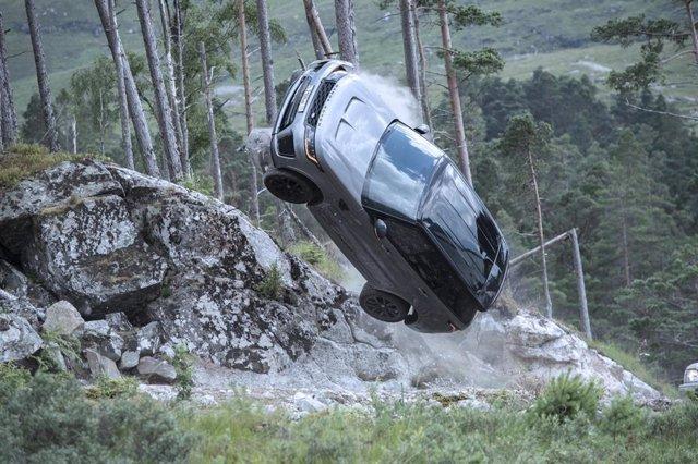 El Range Rover Sport SVR se prepara para impactar en la gran pantalla con imágenes inéditas del rodaje de la nueva película de James Bond