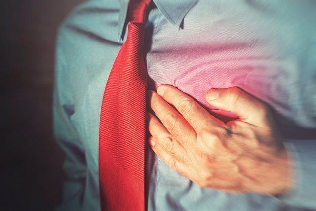 Archivo - Enfermedad cardiaca, corazón, ataque