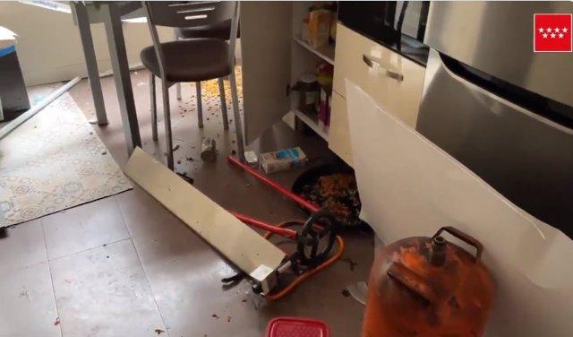 Herido con graves quemaduras un hombre al explotar una bombona de butano cuando cocinaba en su casa de Móstoles