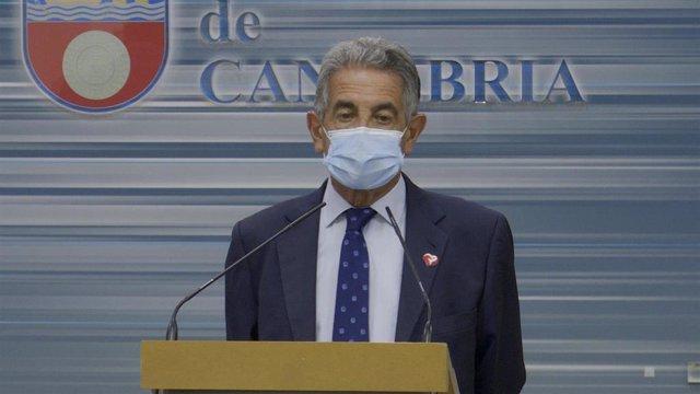 Archivo - El presidente de Cantabria, Miguel Ángel Revilla.