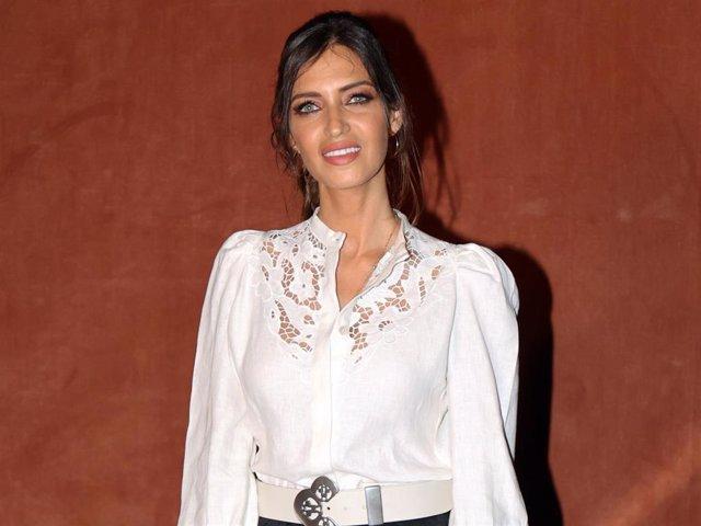 Sara Carbonero ha reaparecido feliz tras su verano más especial