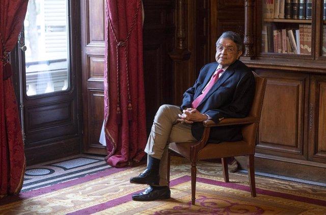 """El escritor y antiguo vicepresidente de Nicaragua, Sergio Ramírez durante una entrevista celebrada en Casa de América, a 14 de septiembre de 2021, en Madrid (España). Sergio Ramírez admitió ayer haber pasado """"días difíciles"""", después de la orden de la Fis"""