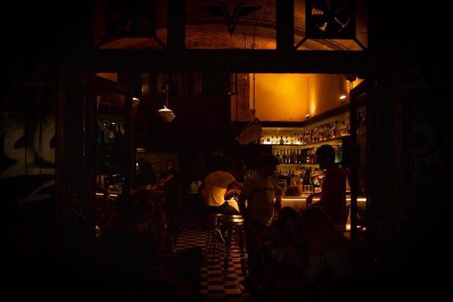 Archivo - EL interior de un local de ocio nocturno, en el Paseo del Born en Barcelona