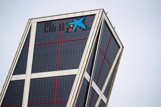 Archivo - Sede corporativa de CaixaBank en Madrid