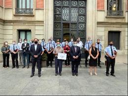 El conseller Joan Ignasi Elena entrega a Afanoc el xec