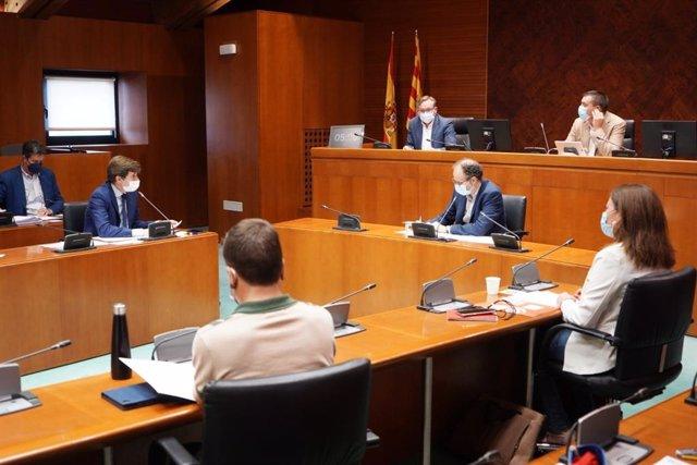 El director general de Desarrollo Rural, Jesús Nogués, comparece ante la Comisión de Agricultura, Ganadería y Medio Ambiente de las Cortes de Aragón a petición del PP.
