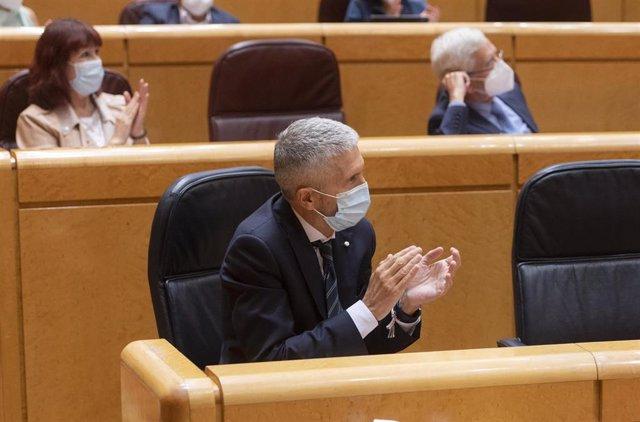El ministro del Interior, Fernando Grande-Marlaska, durante el primer Pleno y primera sesión de control al Gobierno en el Senado tras el parón estival, este martes 14 de septiembre de 2021, en Madrid
