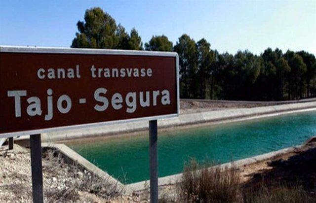Archivo - VÍDEO: PP C-LM dice tras las palabras de Casado sobre trasvase que su postura en la región es blindar el Pacto del Agua