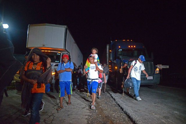 01 September 2021, Mexico, Mapastepec: The caravan of migrants heads to the United States despite attempts by the Mexican National Guard to stop them. Photo: -/El Universal via ZUMA Press Wire/dpa