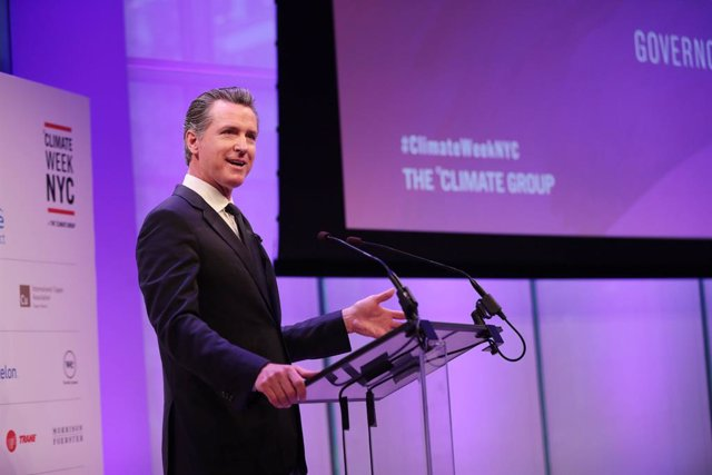 Archivo - 23 September 2019, US, New York: Governor of California, Gavin Newsom speaks at the opening ceremony of Climate Week NYC at The Times Centre. Photo: Dan Callister/PA Wire/dpa