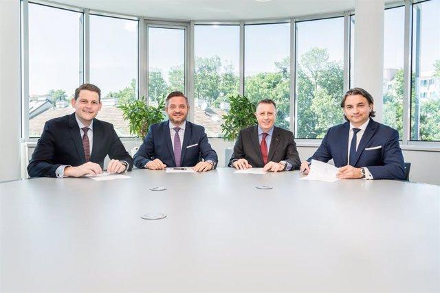 Archivo - Left to right: Georg Winter, Friedrich Neubrand, Steve Bonynge, Piotr Cieślak Marion Gartler