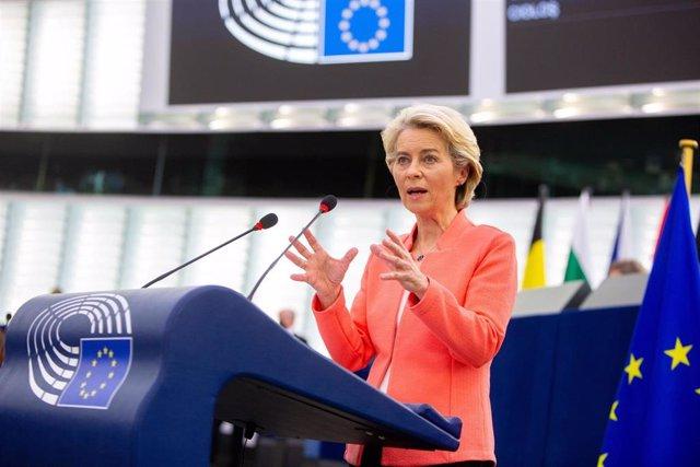 La presidenta de la Comisión Europea, Ursula von der Leyen, durante el debate sobre el estado de la UE en el Parlamento Europeo, el 15 de septiembre de 2021, en Bruselas