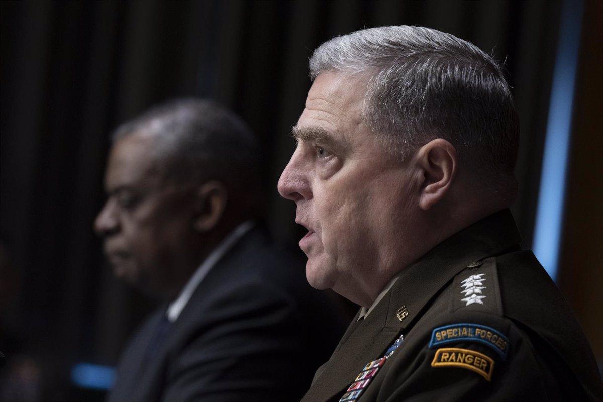 El jefe del Ejército de EEUU exigió ser consultado si Trump ordenaba un  ataque nuclear tras el asalto al Capitolio