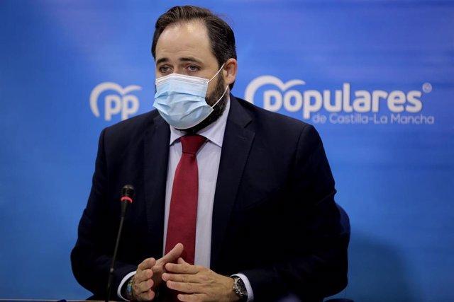 El presidente del PP Paco Núñez en rueda de prensa