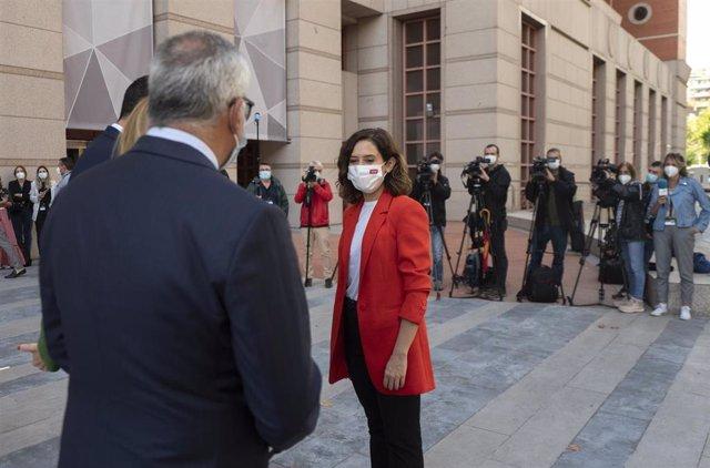 La presidenta de la Comunidad de Madrid, Isabel Díaz Ayuso, llega a la jornada 'Computación responsable: hacia una era tecnológica', en la sede de IBM España en Madrid, a 15 de septiembre de 2021, en Madrid (España). La presidenta madrileña acude a esta j