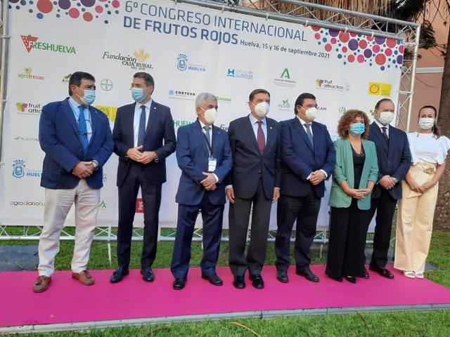 Inauguración del sexto Congreso Internacional de Frutos Rojos en Huelva.