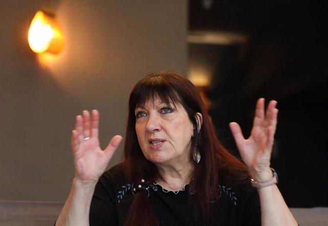 La historiadora Marylène Patou-Mathis durante una entrevista para Europa Press por su nuevo libro 'El hombre prehistórico es también una mujer'