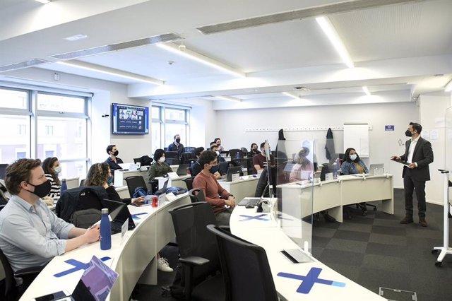 Archivo - Clase impartida dentro del IE Business School
