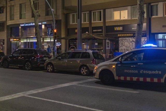El hotel de Barcelona donde hallaron muerto al menor, de dos años.