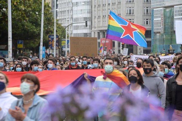 Archivo - Concentración contra agresiones LGTBfóbicas en A Coruña, Galicia.