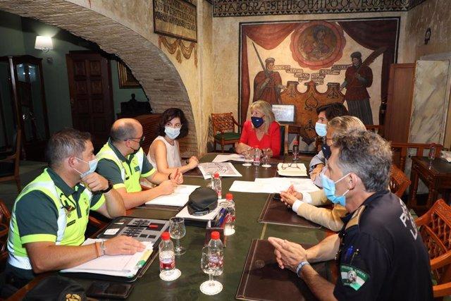 Reunión en la que el Ayuntamiento de Marbella ha trasladado a Tráfico el ofrecimiento de una parcela para el nuevo destacamento de la Guardia Civil