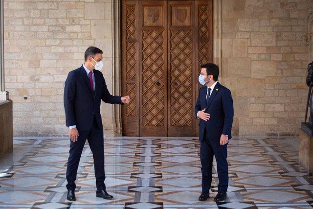 El president del Govern central, Pedro Sánchez, i el de la Generalitat, Pere Aragonès