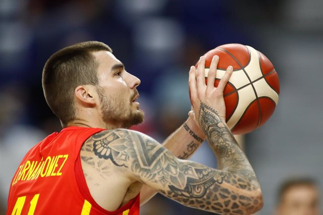 Archivo - Juancho Hernangomez of Spain in action during the Tokyo 2020 Challenge preparatory basketball match played between Spain and Iran at Wizink Center on July 05, 2021 in Madrid, Spain.