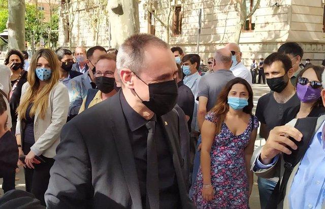 El secretari per a l'Administració de Justícia, Eusebi Campdepadrós, abans de declarar al TSJC