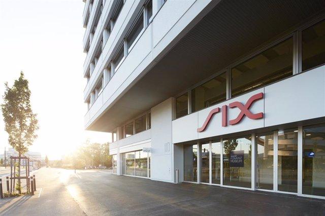 Archivo - Edificio de Six Group, proveedor de servicios financieros que opera la Bolsa de Zúrich., la principal Bolsa de Valores de Suiza.
