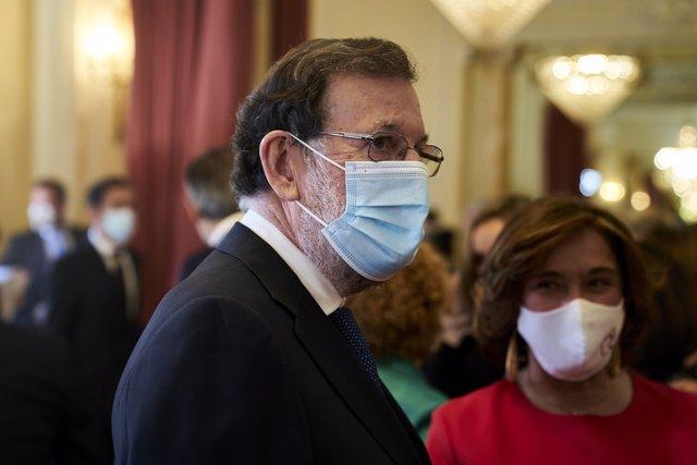 El expresidente del Gobierno de España, Mariano Rajoy durante el acto de clausura de la XI Edición de los Premios Gumersindo Azcárate, a 26 de mayo de 2021, en Madrid (España).